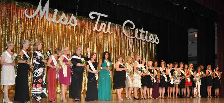 Image Title: 2010 Past Miss Tri-Cities